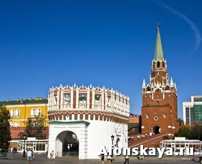 Москва Кремль Троицкая башня