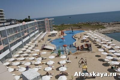 отель дельфин марина Святой Константин и Елена Болгария