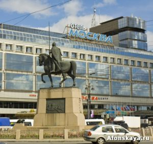 памятник Александру Невскому, Петербург