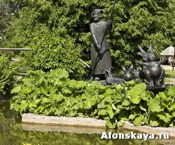 памятник деду Мазаю и зайцам Москва