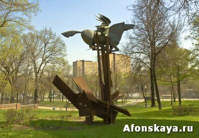 памятник пронзённый пегас москва