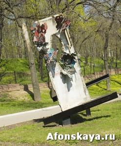 памятник падению берлинской стены москва