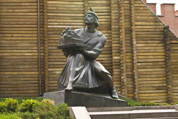 Киев, памятник князю Ярославу Мудрому
