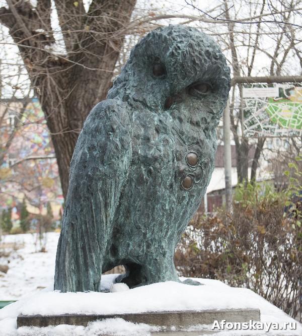 памятник киевской интеллигенции сова киев