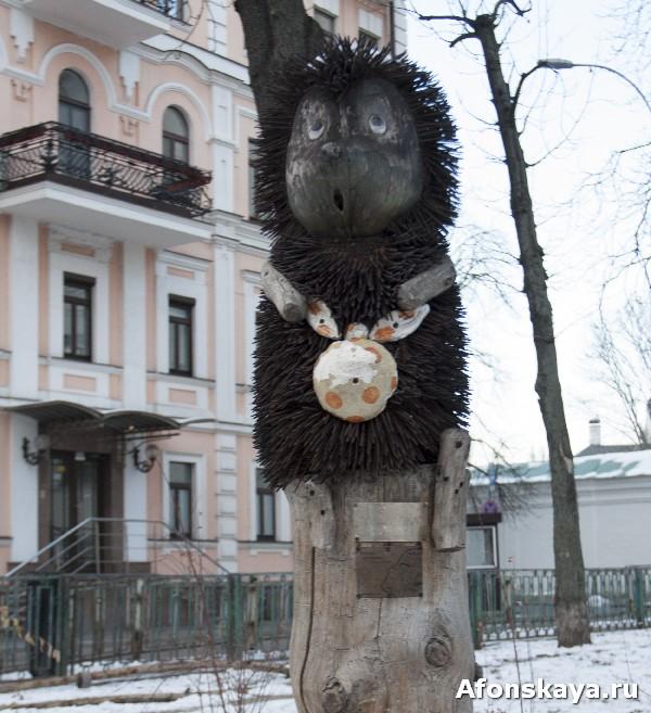 памятник герою мультфильма ежик в тумане киев