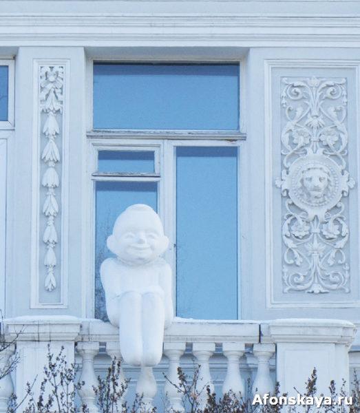 папятник статуя ангела киев музей шевченко