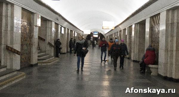 киев метро крещатик